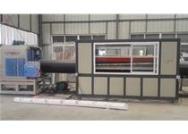 大口径塑料管材机组 (1)